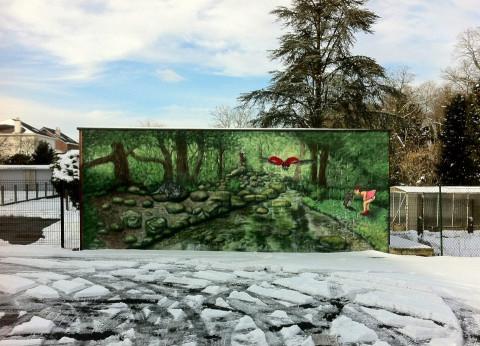 Streetart graffiti muurschildering trompet l'oeil